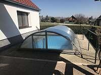 bazén - chalupa k pronájmu Kondrač