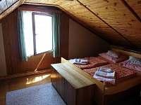 podkroví - první pokoj
