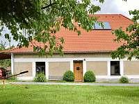 Berkovna - hlavní vchod z návsi - chalupa ubytování Stará Vožice