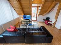Riviera 5054 obývací pokoj - apartmán k pronájmu Lipno nad Vltavou