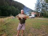 Kapr 75 cm - puštěn zpět - Bečice