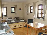 Dvoulůžkový apartmán v 1.patře - vila k pronajmutí Horní Planá