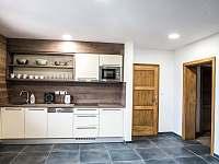 Kuchyně č.2 v patře