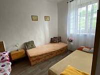 ložnice - apartmán k pronájmu Heřmaň