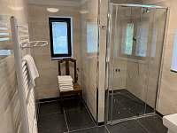 koupelna - pronájem chaty Nahořany