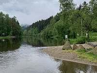 řeka Vltava 200m, koupání - Nahořany