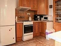 Kuchyň - rekreační dům k pronájmu Matějovec