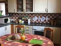 Kuchyně - chalupa k pronájmu Nítovice