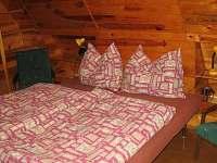 Ložnice 2 - chata k pronájmu Malý Ratmírov