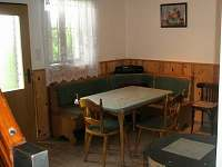 Jídelní kout - chata ubytování Čeraz