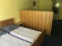 Chalupa Anna- apartmán 1, pokoj 2 - pronájem Loučovice