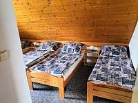 1. pokoj v patře- 4 lůžka - chata k pronajmutí Lipno nad Vltavou - Slupečná