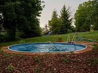 bazén na Ořechovém dvoře - pronájem chalupy Velké Nepodřice