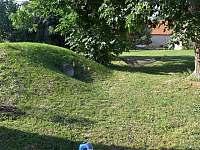 houpačka a kopec pro děti - Velké Nepodřice