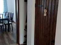 Apartmán č. 1 - chodba - chalupa k pronájmu Blatná