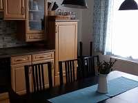 Apartmán č. 1 - kuchyně - chalupa k pronajmutí Blatná