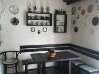 Jídelní kout - chata k pronájmu Temešvár