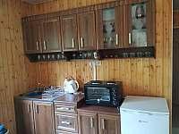 kuchyně - chata k pronájmu Neznašov