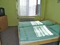 Staňkov - rekreační dům k pronajmutí - 6
