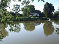 Rybářská bašta, rybník