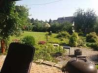 Zahrada - chalupa k pronajmutí Číměř