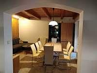 obývací pokoj s jídelnou v 1.patře - pronájem chaty Lipno nad Vltavou - Slupečná