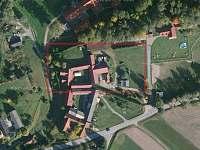 Letecký pohled na celkový objekt - apartmán k pronájmu Blažejov