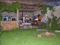 Letní kuchyně s barem