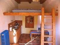 malý apartmán malý pokoj - chalupa k pronajmutí Modletice