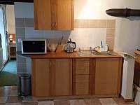 kuchyň - pronájem chalupy Malčice