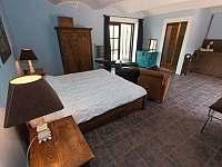 Lovecký modrý apartmán - 4 osoby, vlastní kuchyně, koupelna - Chmelná 3