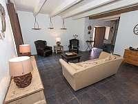 Panský apartmán - 8 osob, vlastní vybavená kuchyně,koupelna, litinová kamna, - pronájem chalupy Chmelná 3