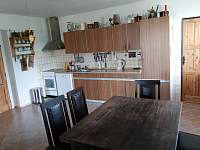 kuchyň, jidelni stul