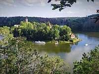 Karavan v RZ Štědronin - chata ubytování Zvíkovské Podhradí - 5