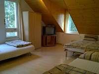ložnice 4 postele  B