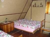 Ložnice - chata k pronajmutí Kunžak