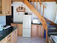 Kuchyň 1 - pronájem chaty Jindřiš