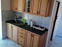 Kuchyň 2 - chata k pronajmutí Jindřiš