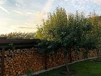 Dřeva máme dost - chalupa ubytování Varvažov