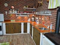 Kuchyně - pronájem chalupy Jaronín