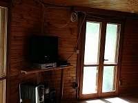 obývák TV, DVD, stereo - chata k pronajmutí Landštejn