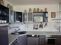 Detail kuchyńské linky - vila ubytování Popelín