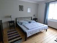 Ložnice v 1. patře - Popelín
