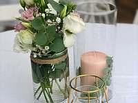 Svatební výzdoba - chalupa k pronajmutí Černice
