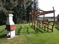 gril a prolézačka - apartmán k pronajmutí Orrlická přehrada - Radava