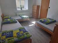 Apartmán I 4.lůžkový pokoj - pronájem chalupy Strmilov