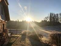 Podzimní ráno - chalupa k pronájmu Přední Výtoň
