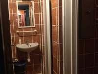 Společné koupelny pro pokoje - Nová Olešná