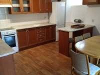 kuchyně z obýváku - pronájem chalupy Netolice