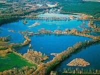 letecký pohled na rybníky krásných názvů  Víra, Láska, Naděje, Rod, Dobrá vůle.